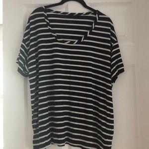 Draper James navy and white striped  tee. Size XL